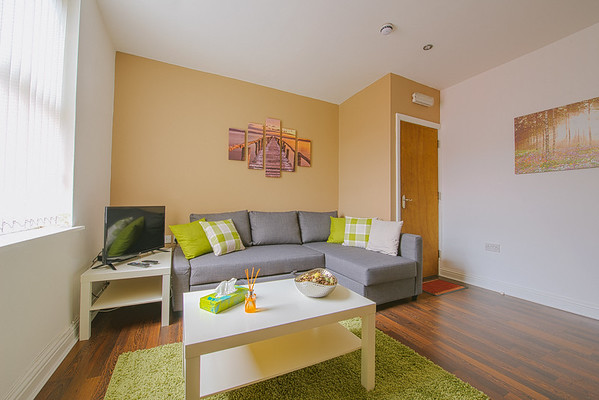 Apartment 2 - 93 Elford Grove, Leeds (Web Res)