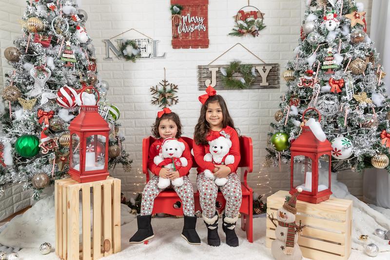 11.30.19 - Clarice's Studio Christmas Mini Session - -25.jpg