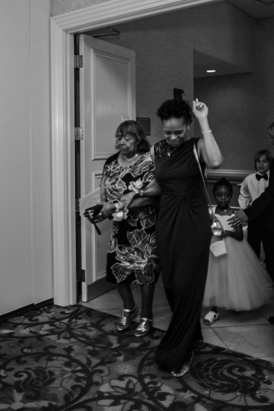 344_speeches_ReadyToGoPRODUCTIONS.com_New York_New Jersey_Wedding_Photographer_JENA9375.jpg