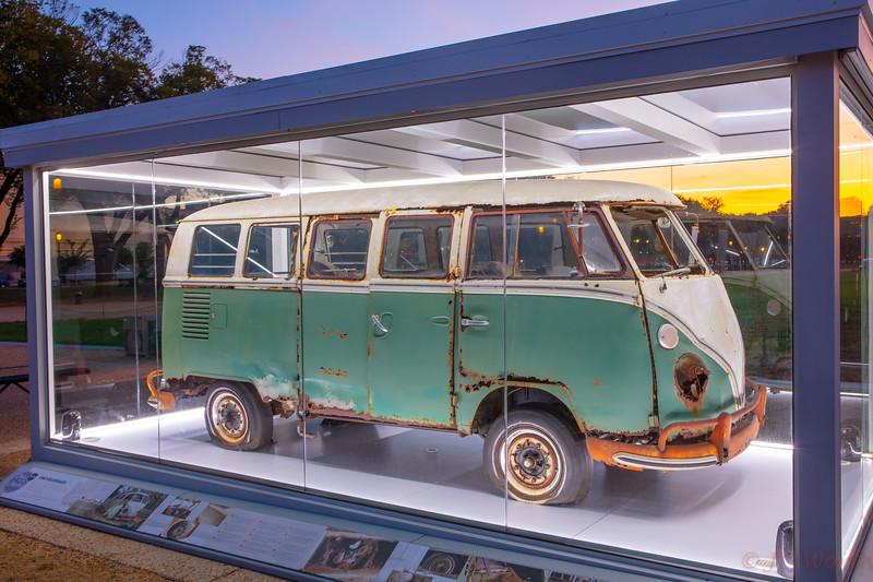 092519 Jenkins 1966 Volkswagen Van - RT Qtr Angle Closeup-6986.jpg