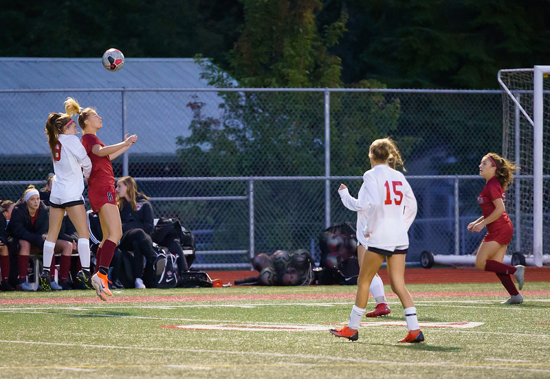 2019-10-01 Varsity Girls vs Snohomish 016.jpg