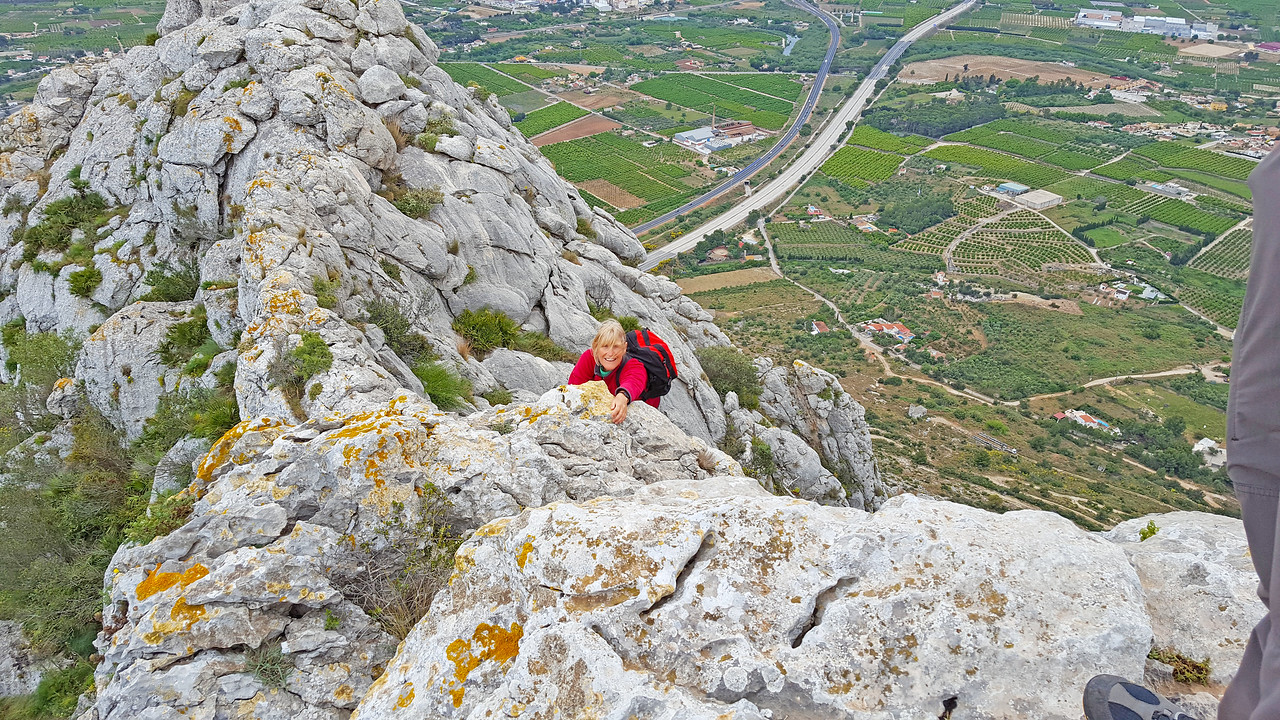 Climbing back from the Serra de Segaria knife edge east ridge