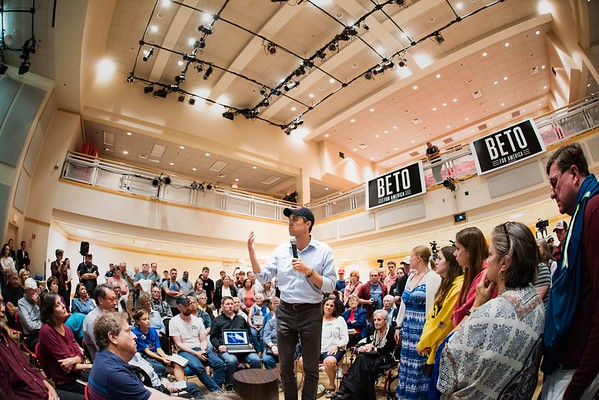 Beto O'Rourke visits Keene State College 090619