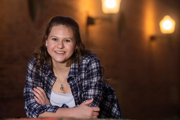 Sara Choate Senior Portrait THS 2021