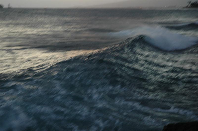 Hawaii - Ala Moana Beach Sunset-171.JPG