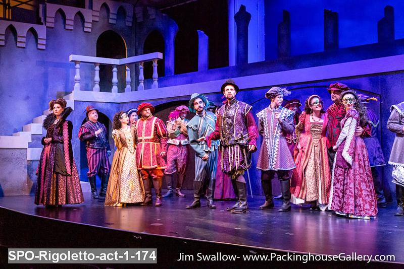 SPO-Rigoletto-act-1-174.jpg