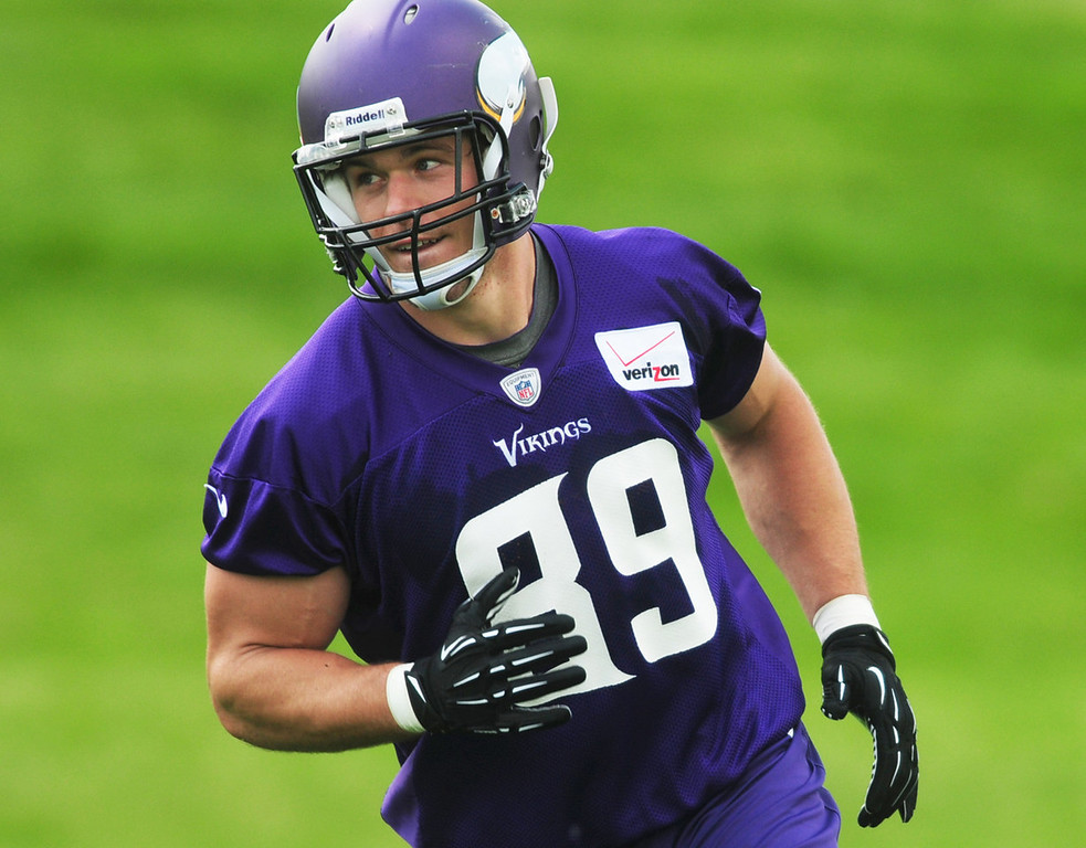 ". ""I was disappointed in last year, and I�m focused on getting better and trying to stay healthy,\"" said Vikings tight end John Carlson, who participated in the team\'s minicamp on Tuesday.  (Pioneer Press: Scott Takushi)"