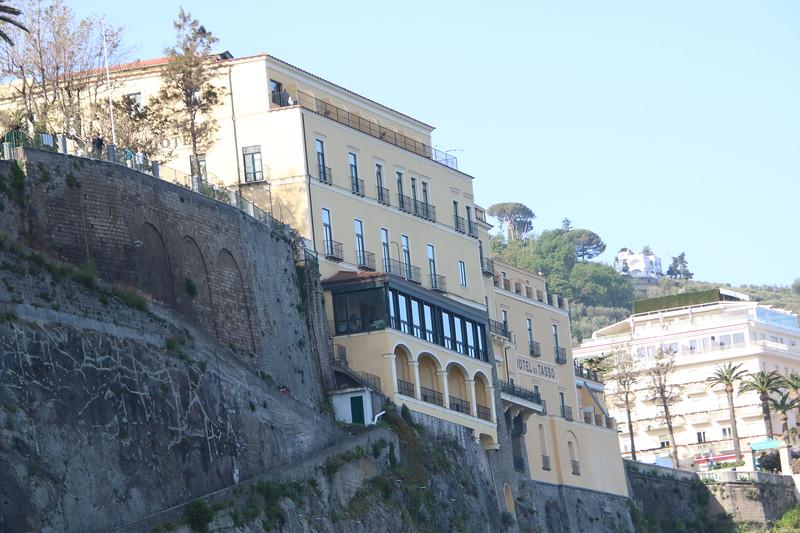 Italy Day 03 - Capri (8).JPG