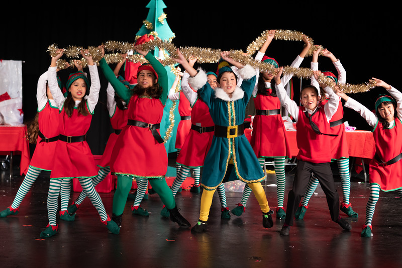 LEAP_elf-jr-dress-rehearsal-75.jpg