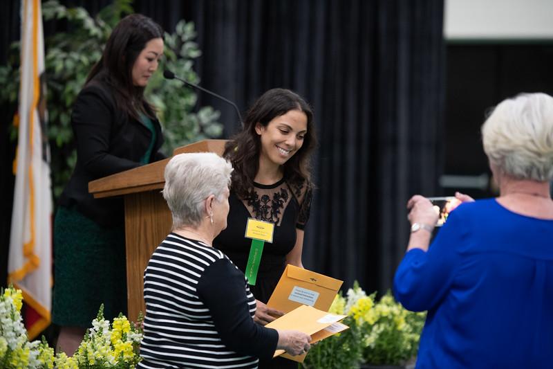 Scholarships-Awards-2019-9501.jpg
