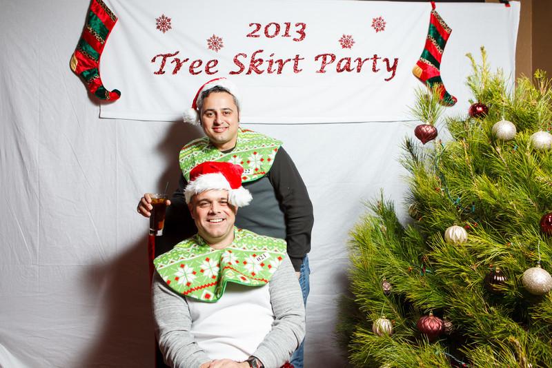TreeSkirt2013-006.jpg