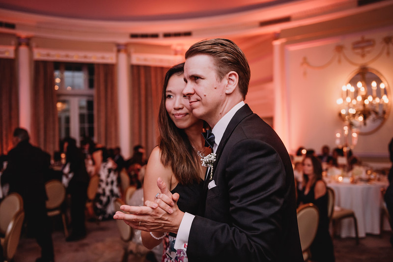 Montreal Wedding Photographer | Wedding Photography + Videography | Ritz Carlton Montreal | Lindsay Muciy Photography Video |2018_860.jpg