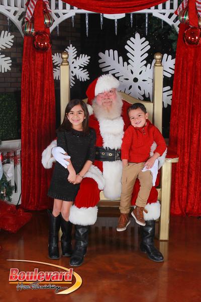 Santa 12-17-16-243.jpg