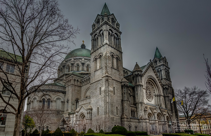Cathedral Basilica of St. Louis-232_3_4HDR-2.jpg