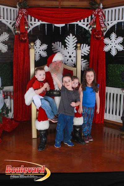 Santa 12-17-16-588.jpg