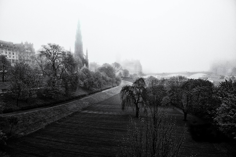 edinbourgh fog bank.jpg