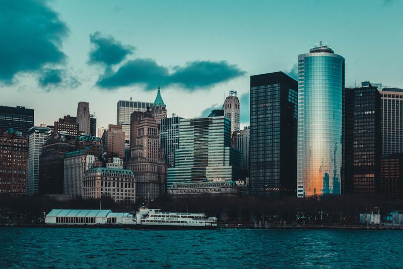 NY Skyline Staue Cruise boat 1.jpg