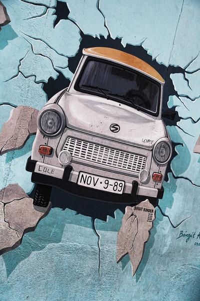 The Berlin Wall: East Side Gallery