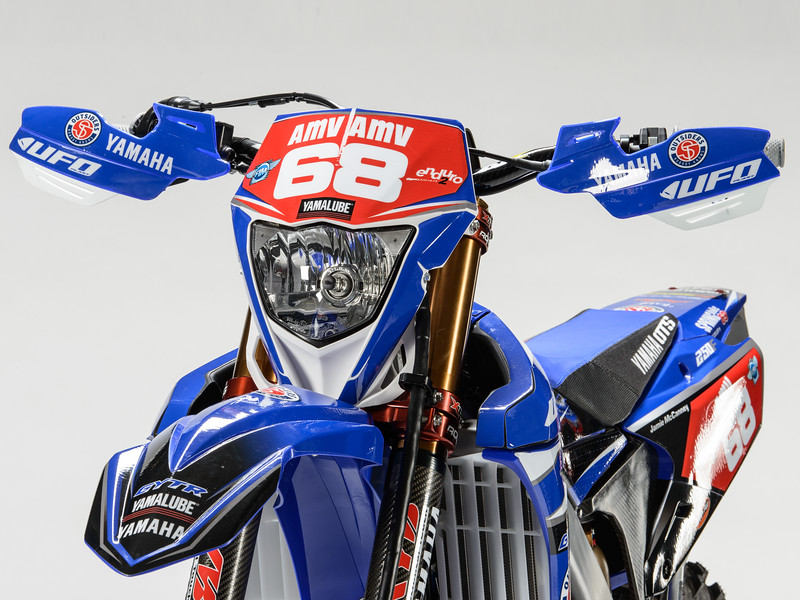 2017_OUTS_detail_WR250F_MCCANNEY_005.jpg