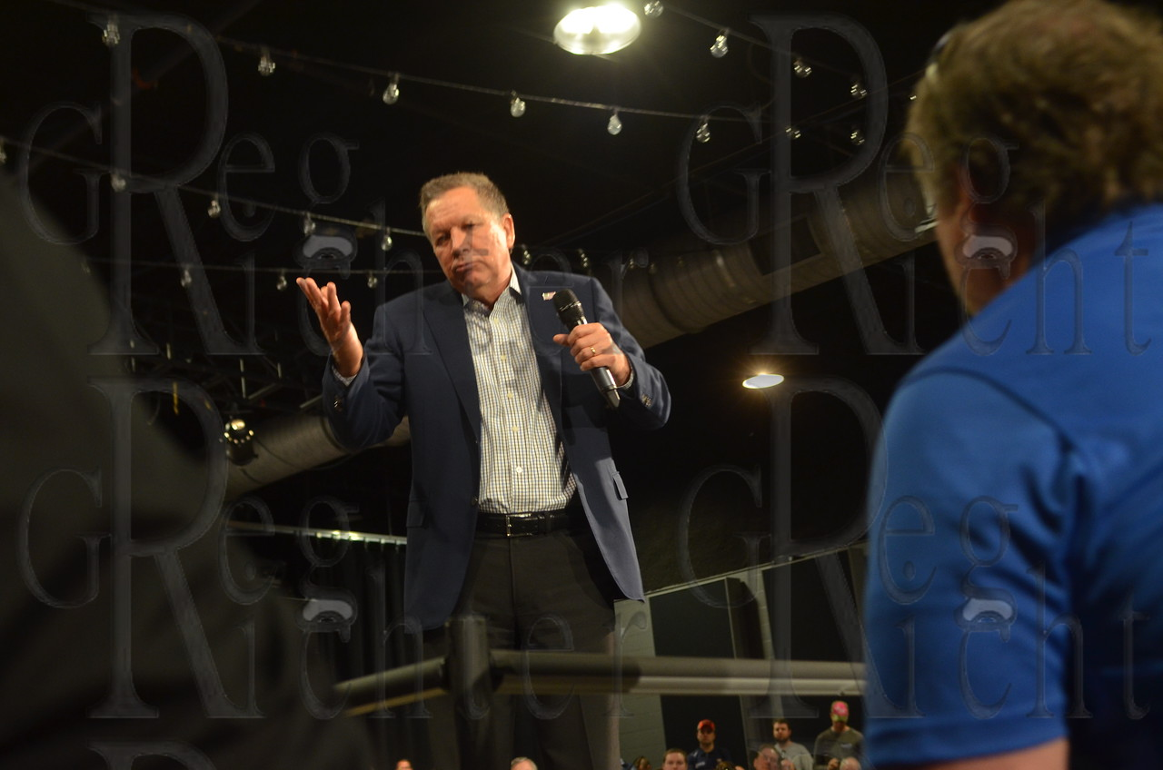 GOP presidential candidate John Kasich holds a town hall in Nashville, Tenn, on April 27, 2016.