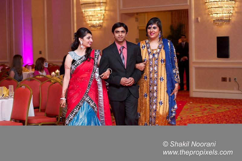 Naziya-Wedding-2013-06-08-02160.JPG