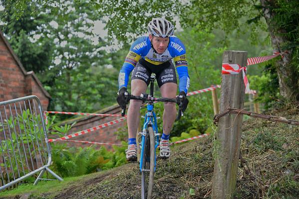 Queen Victoria Cyclo Cross - Vets/Women