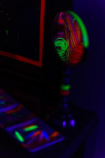 BlackLightParty-DSC03667.jpg