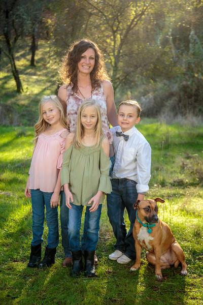 01-06 Savannah's Family-1768.jpg