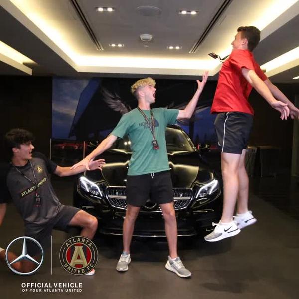 Mercedes_0018.mp4