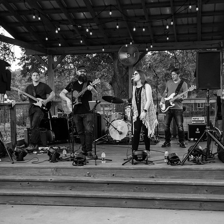 Caroline Keller Band - Treehouse Vineyards