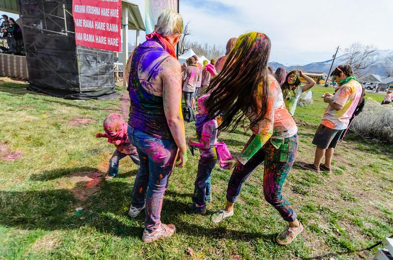 Festival-of-colors-20140329-271.jpg