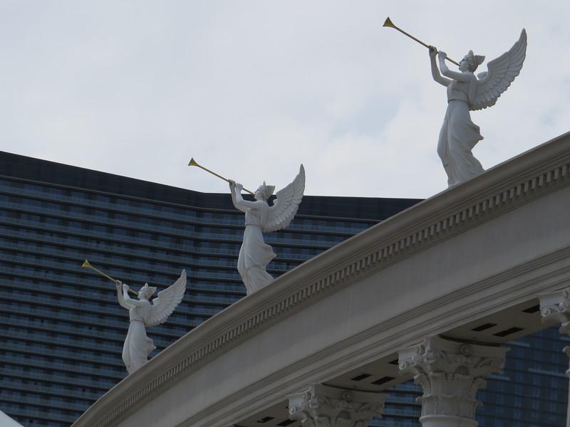 Caesars Palace (Cosmopolitan backdrop)