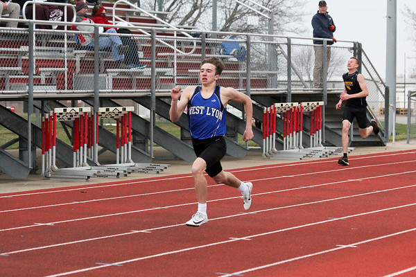 WL boys' track at the Unity Christian Boys' Track and Field Invitaitonal 4-15-19