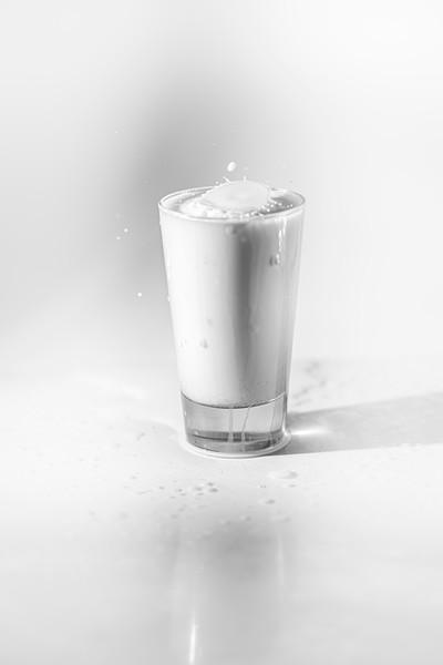 20200208-bw-milksplash-0115.jpg