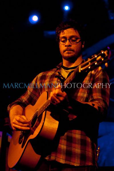 Amos Lee @ Irving Plaza (Fri 4/1/11)