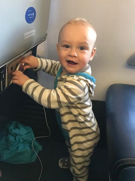Leif flying to Kauai