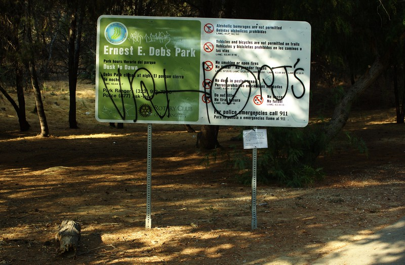 DebsPark048-ParkSign-2006-10-06.jpg