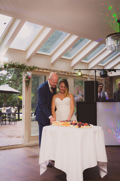Sam_and_Louisa_wedding_great_hallingbury_manor_hotel_ben_savell_photography-0275.jpg