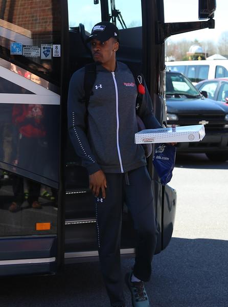 Men's Basketball Return from Columbia, SC