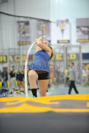 Women's Pole Vault - 2015 Simmons Harvey Invite
