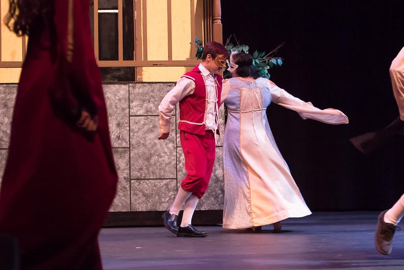 Romeo & Juliet-26.jpg