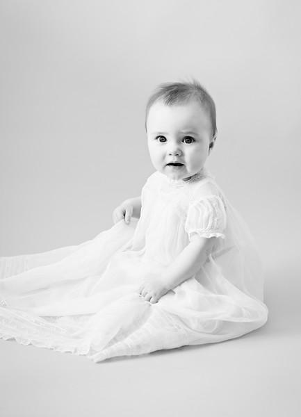 bw--newport_babies_photography_6months-8237-1.jpg
