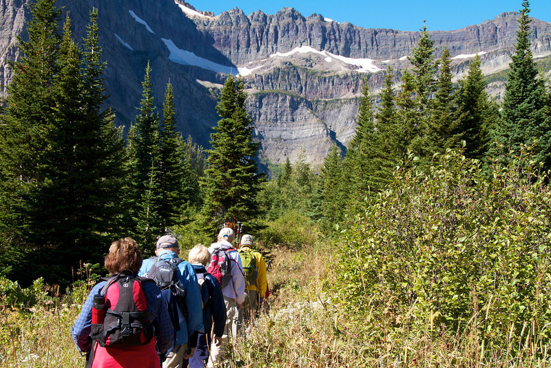 bullhead-lake-hike-many-glacier
