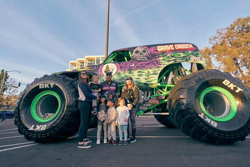 Grossmont Center Monster Jam Truck 2019 125.jpg