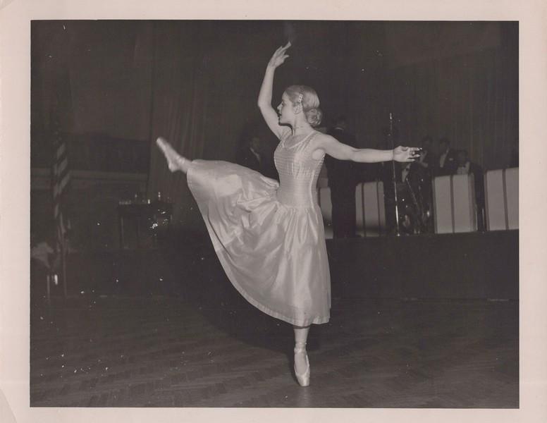 Dance_1185.jpg