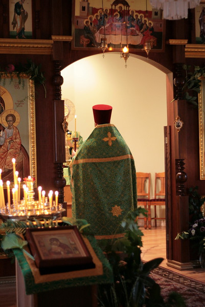 2009-Pentecost-Panikhida and All-Night Vigil-img_6408.jpg