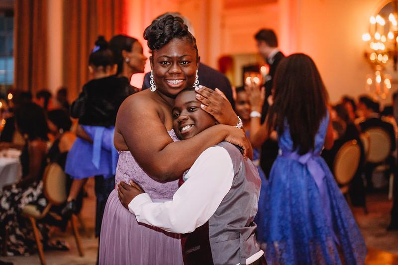 Montreal Wedding Photographer | Wedding Photography + Videography | Ritz Carlton Montreal | Lindsay Muciy Photography Video |2018_850.jpg