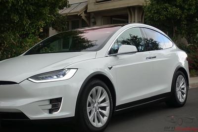 Tesla Model X 90D - Multi Coat White