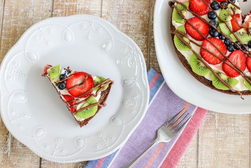 Fruit Brownie Pizza Sample 3-8.jpg