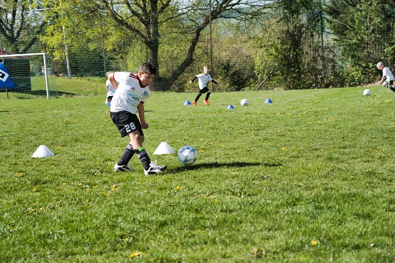 hsv-fussballschule---wochendendcamp-hannm-am-22-und-23042019-w-38_47677905182_o.jpg